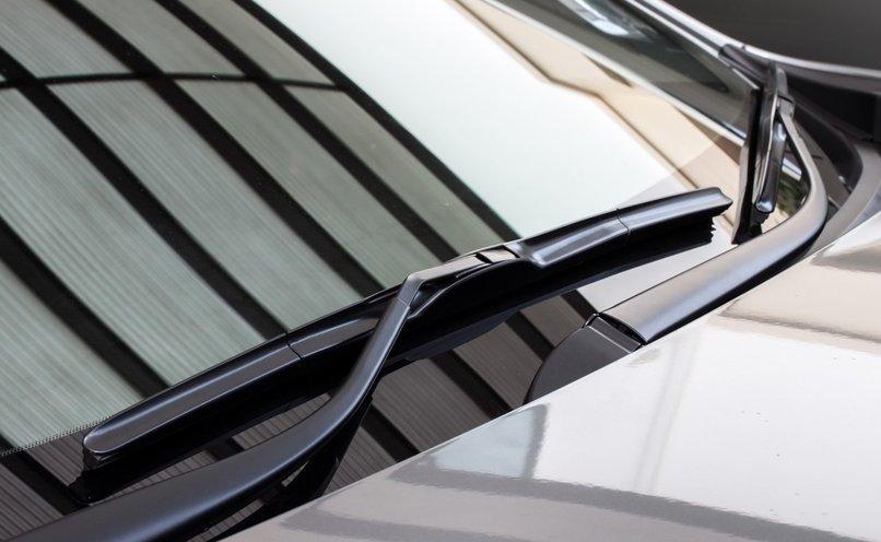 keep-windshield-clean